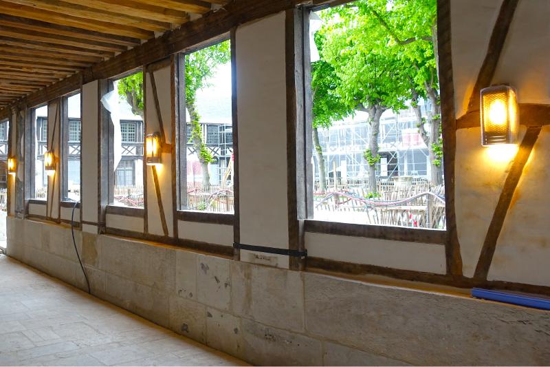 passage aile Ouest Aitre Saint Maclou - chevillard lanternes